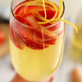 Berry Lemoncello Spritzer